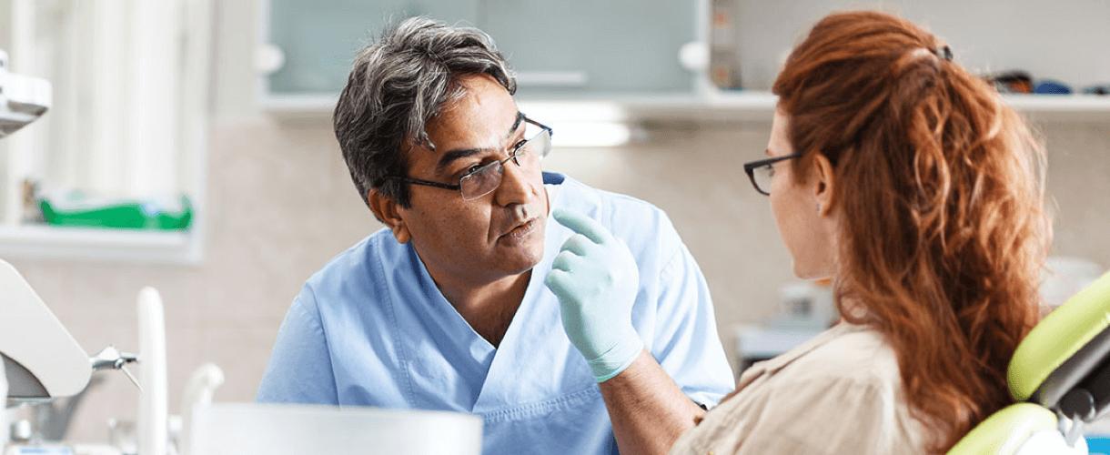 Почему из-за болезней десен выпадают зубы